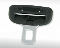 Latching element for safety belt with in-moulded steel insert